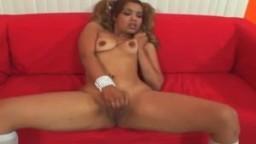 La latine Mercedes Santos se fait creampie par une bite black