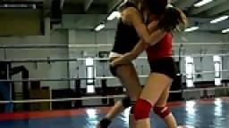 Combat White Angel vs Leyla Black