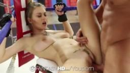La polonaise Natalia Starr baisée sur un ring