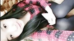 Jeune chinoise chaude à gros seins