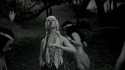 Vidéo ancienne: danse tribale indienne