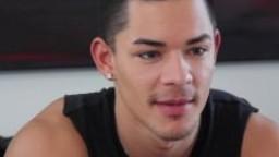 Casting gay - Ethan montre ses talents de gorge profonde à son audition