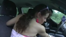 Une auto stoppeuse française se fait prendre par le cul - Film x hd