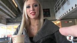 La jeune russe blonde Teena Lipoldino hd