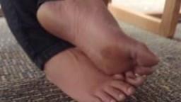 Les pieds d'une vietnamienne à la bibliothèque Part 3 hd