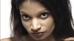Casting d'une indienne baisée et creampie