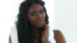 Nyomi Banxxx dans A Touch Of Seduction