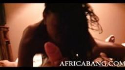 Africaine amateur hardcore et facial
