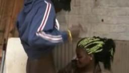 Une black hollandaise explore son côté salope