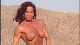 Ronny Lipari 01 - Femme Bodybuilder