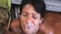 Brésilienne Sheila - Ejaculation faciale