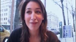 Cette beurette nympho préfère baiser avec des inconnus ! Amateur française - Film porno