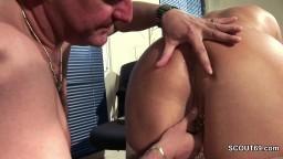 Cette femme mature a des piercings à la chatte hd #05