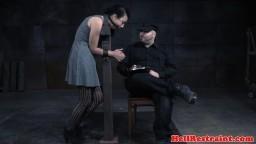 Esclave sexuelle godée et flagellée par son maître - Film x hd - #05