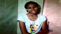Une jeune femme du Bangladesh se dénude pour la caméra - xxx - #02