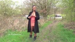La black Michelle adore l'exhibitionnisme - xxx hd