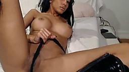 Une belle femme indienne montre ses seins et sa chatte à la webcam - Vidéo porno - #02