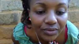 Une salope africaine montre ses gros seins à la webcam - Film x - #02