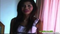 Vidéo amateur d'une milf asiatique très obéissante - Film porno hd