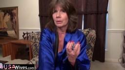 La mature Jade nous montre comment elle se masturbe - Vidéo x hd - #02