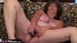 Cette femme mature aime beaucoup la masturbation - XXX HD - #02