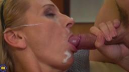 Cette grosse milf blonde se prend une bonne éjaculation faciale crémeuse - XXX HD - #02