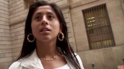 Une jeune espagnole de 19 ans accepte de faire une vidéo amateur - Film porno hd - #02