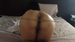 Cette arabe s'est mise en position pour se faire sodomiser - Vidéo porno amateur hd