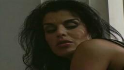 Une vidéo ancienne avec la beurette française Dalila - Film porno