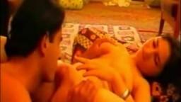 Le couple iranien Saeedeh et Mohsen nous offre une petite vidéo faite maison