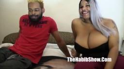 Une grosse femme black du ghetto baisée pour la première fois devant une caméra - Vidéo porno hd - #02