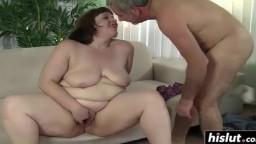 Cette grosse brune sait comment satisfaire un homme - Vidéo porno - #01