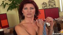 Pénétration et éjaculation dans la bouche pour la charmante femme mature rousse Wanda - Vidéo porno hd - #02