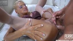 Sodomie et creampie anal d'une femme mature russe - Vidéo porno hd