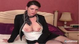 La novice française Clarisse se fait défoncer le cul pendant un casting anal - Vidéo porno hd