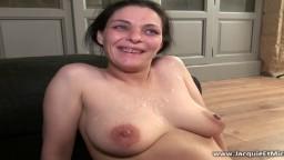Première pénétration anale pour cette milf française - Vidéo porno hd - #02