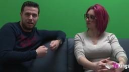 Julian a trouvé une espagnole à lunettes avec des gros seins - Vidéo porno hd