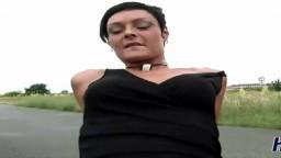 Une salope amatrice allemande se fait sodomiser dehors - Vidéo porno hd - #02