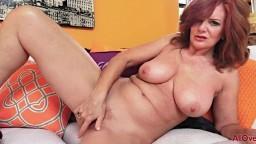 La mature Andi James se doigte la chatte rien que pour vous - Vidéo porno hd - #09