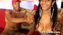 Une jeune cochonne dominicaine à gros seins qui kiffe le sexe - Vidéo porno hd