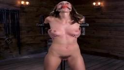 La nouvelle dans le bdsm Jade Nil est attachée et tourmentée - Vidéo porno hd