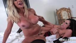 La colombienne Ariella Ferrera et la suédoise Puma Swede sont des lesbiennes torrides - Vidéo porno hd - #10