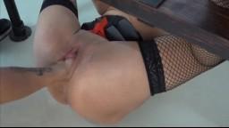 Le bdsm et fist-fucking amateur d'une femme allemande - Vidéo porno hd