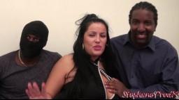 La grosse française Tatiana est une salope qui kiffe les blacks - Vidéo porno hd