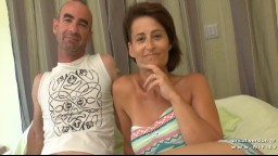 Une milf française amatrice en double pénétration dans un gangbang - Vidéo porno hd