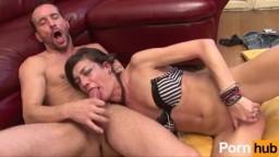 Cette milf française se fait sodomiser sans ménagement - Vidéo porno hd