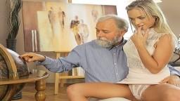 Un vieux et sa jeune élève Vinna Reed passe un bon moment - Vidéo porno hd