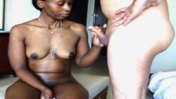 Rencontre interraciale entre une africaine et un touriste - Vidéo porno hd