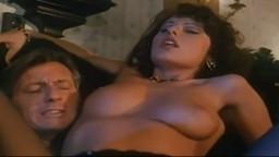 Porno vintage italien - La taverna dei mille peccati (1995) - Film complet - Vidéo hd